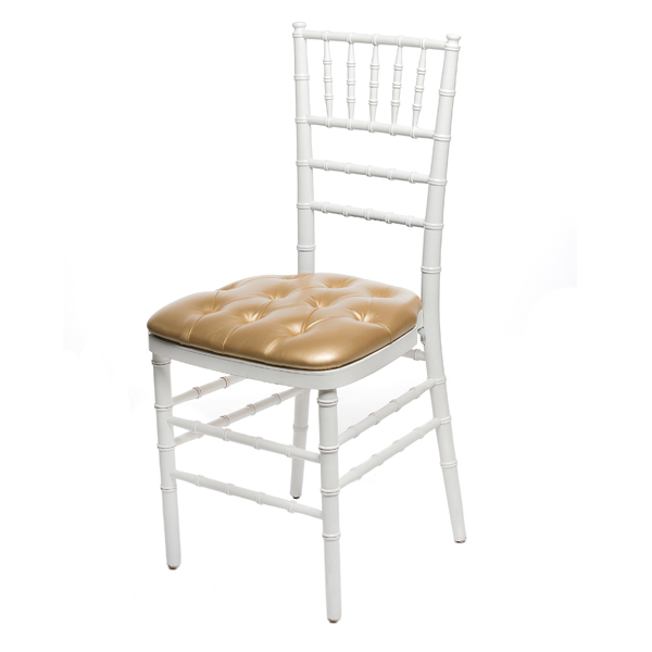 GOLD CHIAVARI PAD W/WHITE CHIAVARI CHAIR